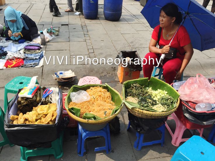 "Indonesian Street food: ""Pecel, Fried Noodle, etc"""