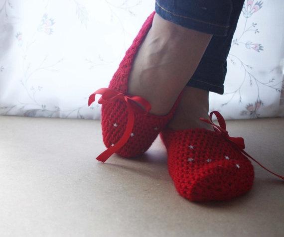 JingleBell slippers for Women  Christmas special by WhiteBergamot, €15.00