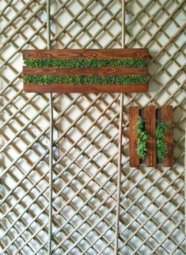 #NewIn Wall Hanging - Wooden frame with green man-made Moss, over a bamboo mesh. A great way to make outdoor corridors or small balconies look green and beautiful! #handmadeworld #handmade #OutdoorDecor #wooden #Moss #Bamboo