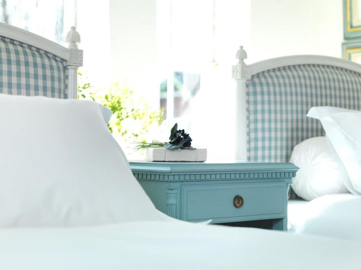 Gustavian Headboard with bed by KA Roos