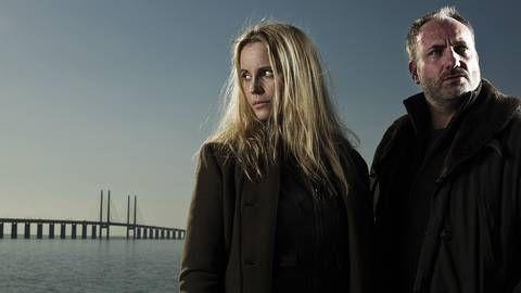 Sofia Helin och Kim Bodnia som Saga och Martin i Bron. Ola Kjelbye