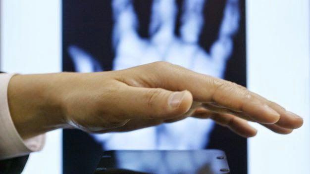 Biometrie - Venen-Scanner schlägt Iris-Messung