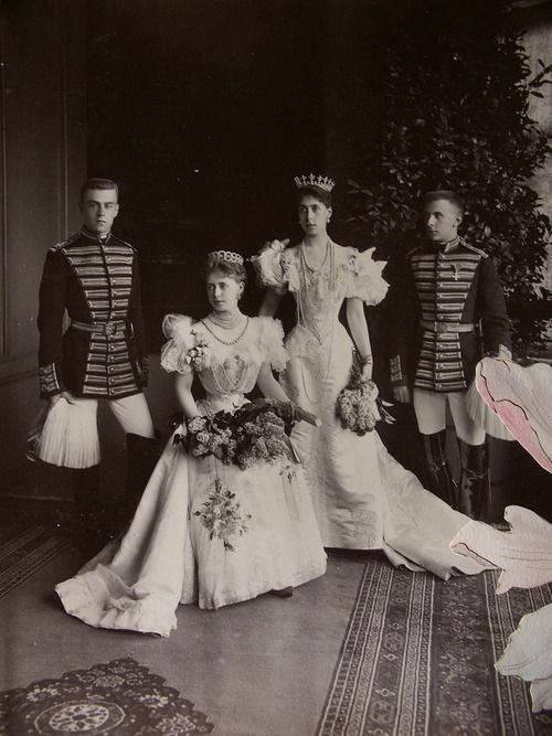 Grandchildren of Queen Victoria and Tsar Alexander II, Queen Marie of Romania (when Crown Princess) and her sister Victoria Melita, Grand Duchess of Hesse
