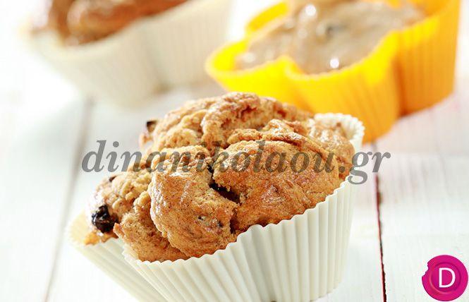 Κέικ με μήλα, κανέλα και σταφίδες | Dina Nikolaou