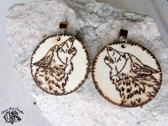 Hoop wooden howling wolf portrait, woodland, boho-style earrings, lovely gift for her