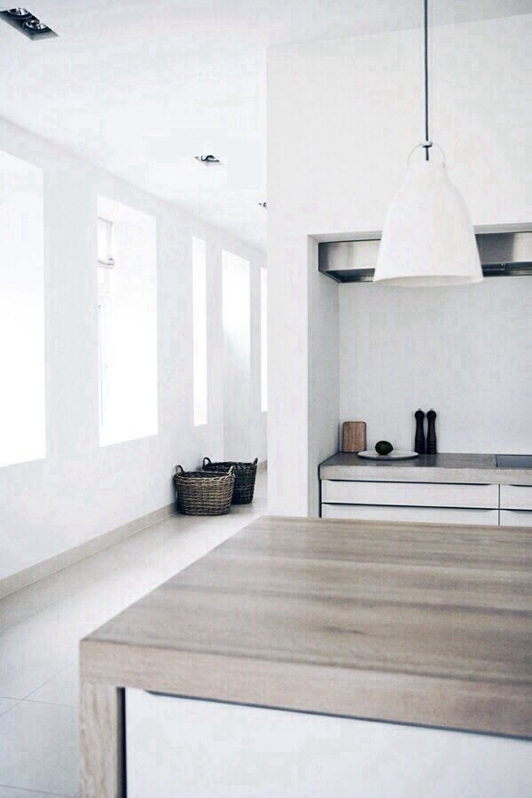 Love the combination of white and weathered wood