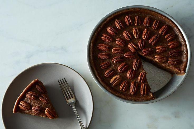 Raw, Vegan Pecan Pie (to make this 100% halal don't use nutmeg also use ethanol free vanilla extract)