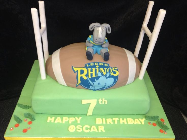 Birthday Cake For Ronnie : 17 Best images about Leeds rhinos cake on Pinterest ...