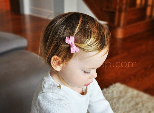 Simple boutique bow that is perfect for everyday outfits. Add 5 single bows to your cart and make your own collection for only 9.95!  That's giving you one bow Free!