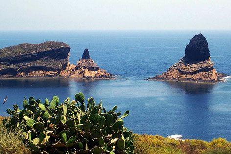 Cabo de Palos e Islas Hormigas is a marine reserve of Cartagena. #Murcia #CostaCálida