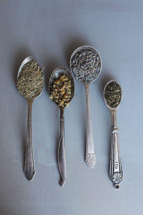 Last-Minute Gift Idea: How To Make Herbal Bath Teas