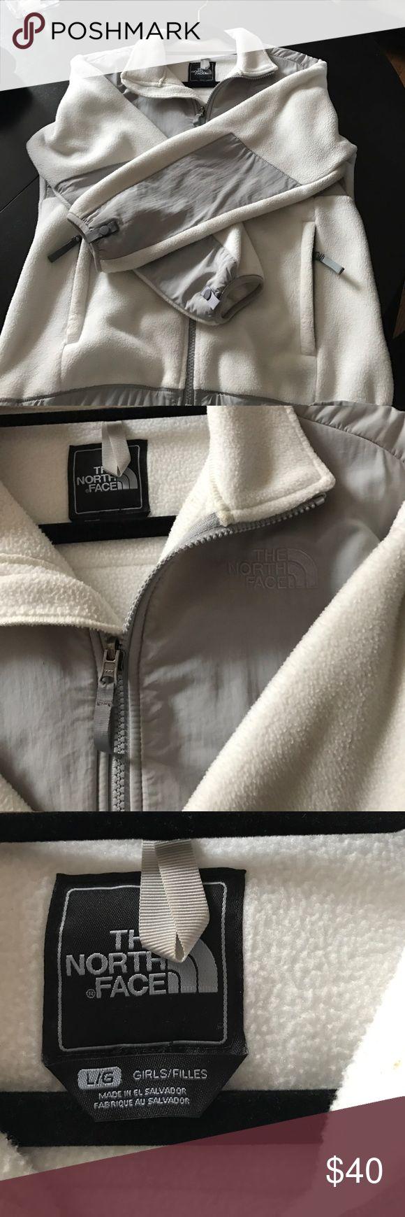 Girls north face jacket Girls large( women's xs) cream/white and grey fleece jacket The North Face Jackets & Coats Utility Jackets