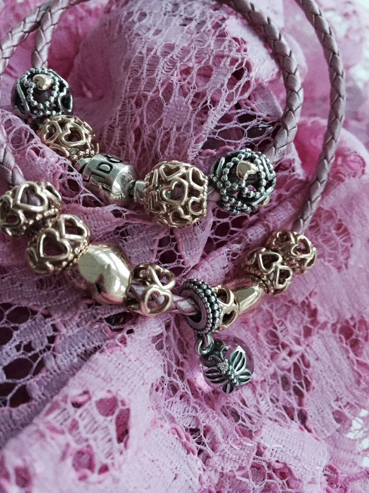 The girly look with hearts and pink all over #PANDORAbracelet