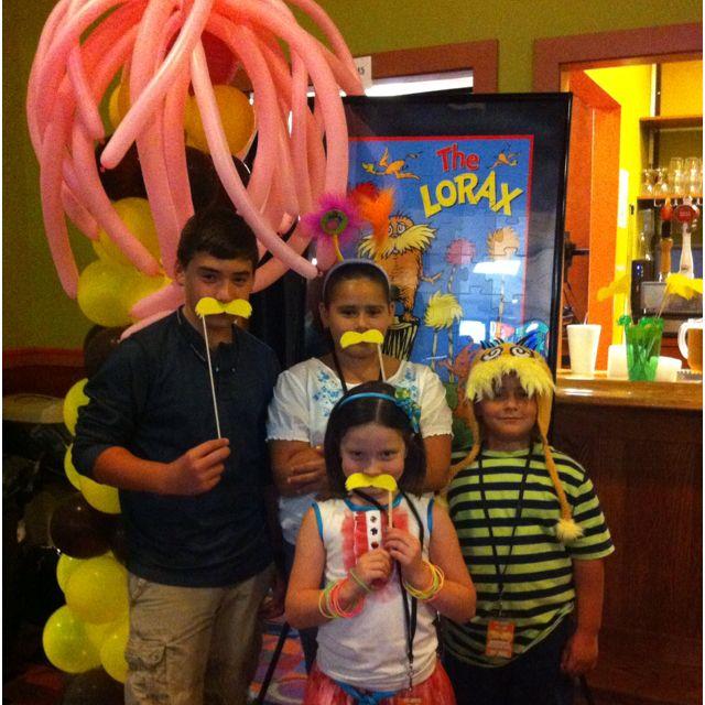 Lorax Dr. Seuss birthday party photo idea