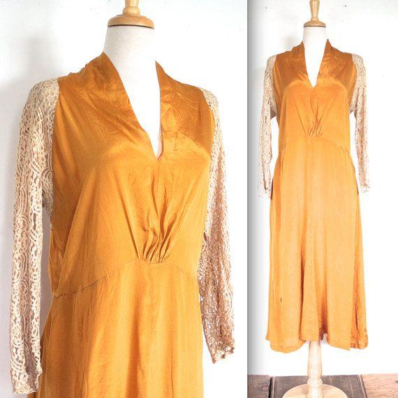VERKOOP Vintage jaren 1920 jurk / / 20s gouden zijde en Lace avondjurk…