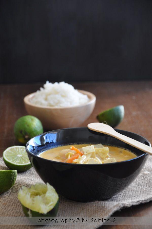 Due bionde in cucina: Zuppa asiatica con cavolo cinese e tofu