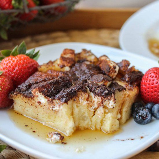 French toast casserole, French toast and Toast on Pinterest