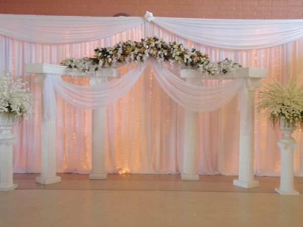 17 best images about stage backdrop on pinterest for Backdrops wedding decoration