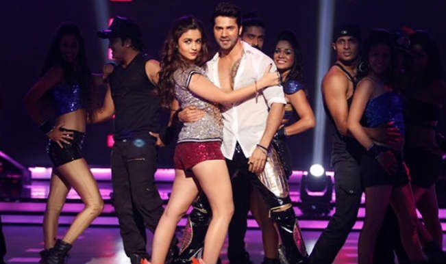 Alia Bhatt-Varun Dhawan rock the dancefloor in 'Saturday Saturday' song teaser from 'Humpty Sharma Ki Dulhania'.
