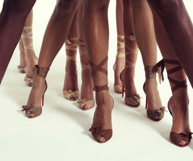 Christian Louboutin présente une nouvelle collection de chaussures nudes. Elles sont idéales pour les beaux jours !