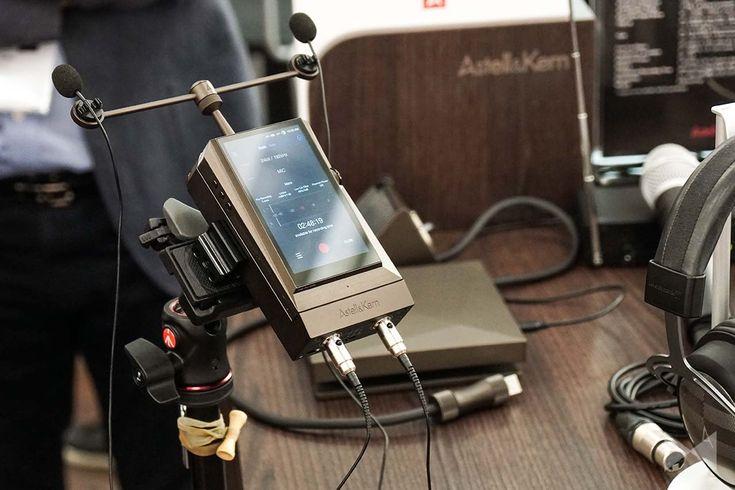 Auf die High End 2016 brachten die Südkoreaner von AK den Digital Audio Player Astell&Kern AK300 und das Aufsatzmodul AK Recorder für Vinyl-Aufnahmen mit.