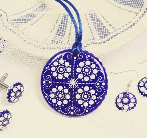 Handpainted Bluedye Porcelain Jewelry by Mintapalinta