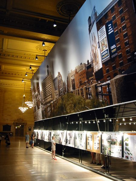 In 2003 Friends of the High Line launched Designing the High Line, an open competition of architectural proposals for the future of the High Line. Over 700 submissions were received and an exhibition of noteworthy entries was presented at Grand Central Terminal's Vanderbilt Hall.