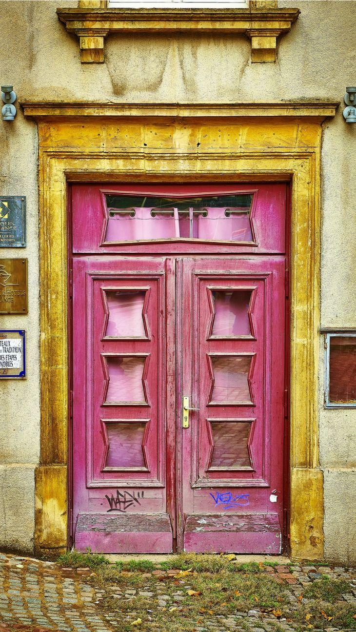 Pink Door, Metz, France