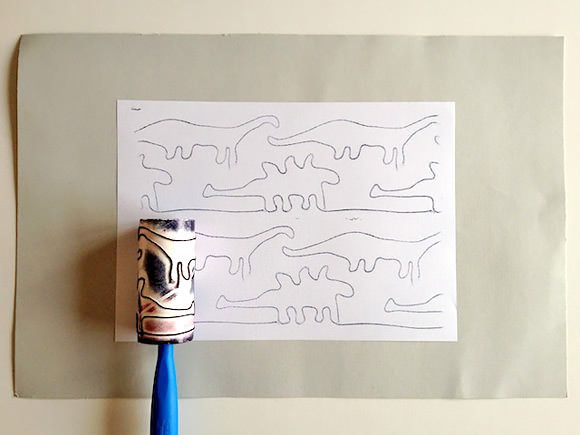Make your own Dinosaur Rolling Stamps with this easy tutorial