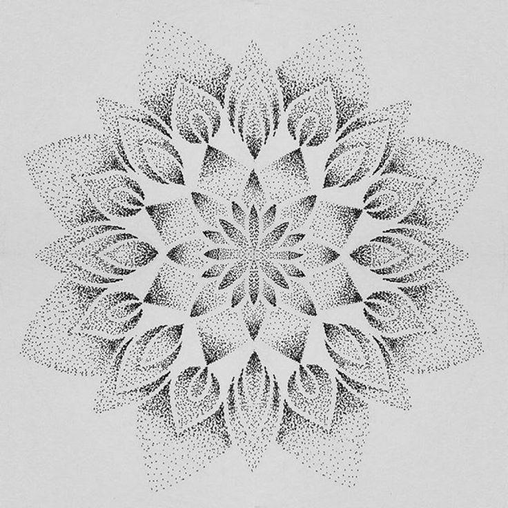 723 best dotwork geometric tattoos images on pinterest geometric tattoos tattoo ideas and tatoos. Black Bedroom Furniture Sets. Home Design Ideas