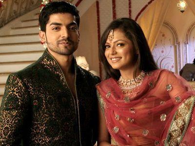 Gurmeet Choudhary & Drashti Dhami as Geet and Maan Singh Khurana in Geet Hui Sabse Parayi