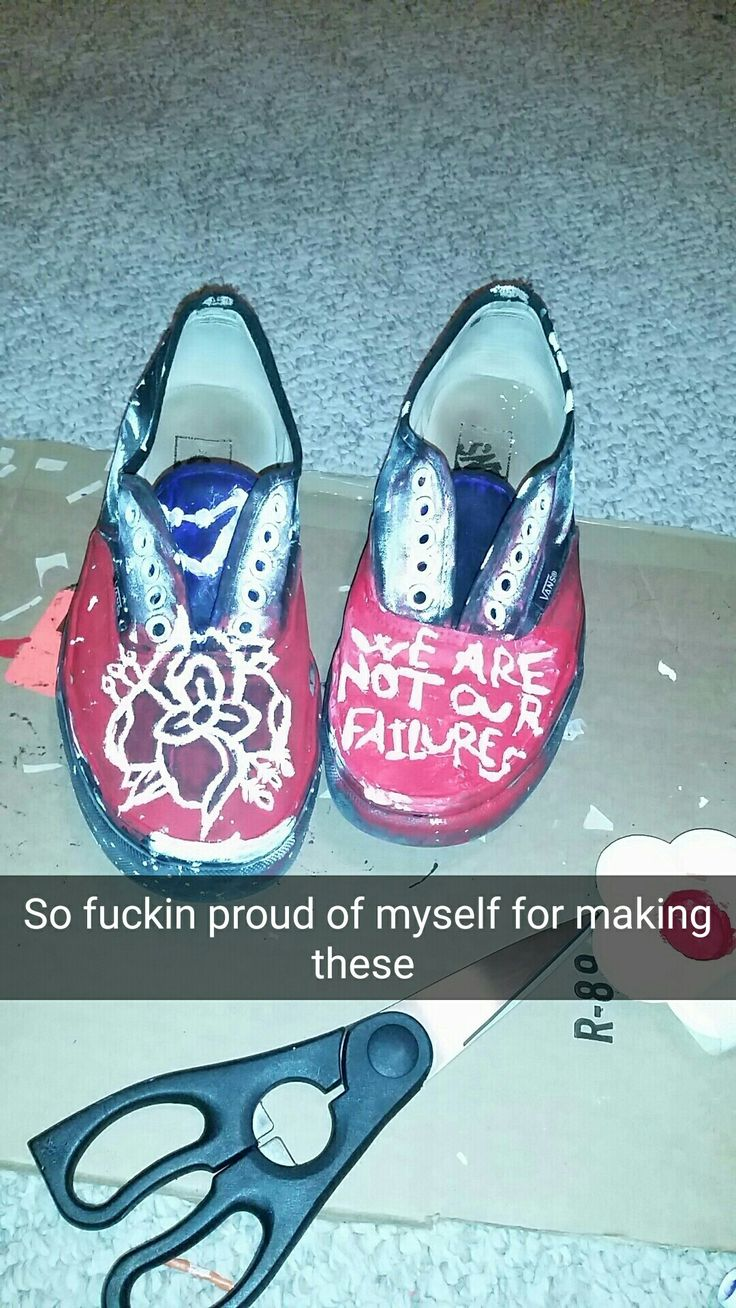 A pair of old shoes I painted Friday night  #ladispute #thecastlebuilders