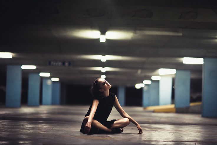 Julia Trotti Photography | #car #park #photography #portrait #editorial #night #city #downtown