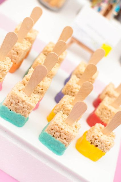 Rice Krispie treat paintbrushes at an Art Party! See more party ideas at CatchMyParty.com! #partyideas #art