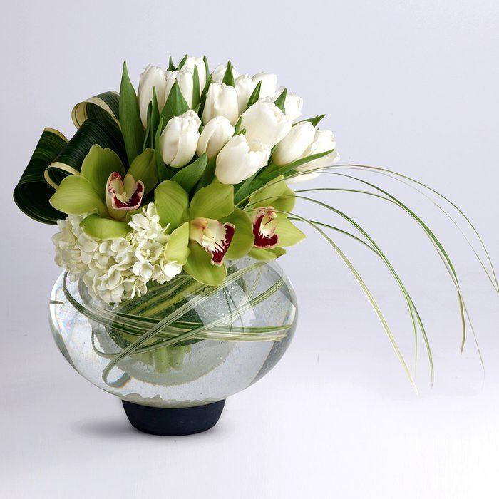 Shayna Table Vase Modern Floral Arrangements Flower Arrangements Simple Fresh Flowers Arrangements