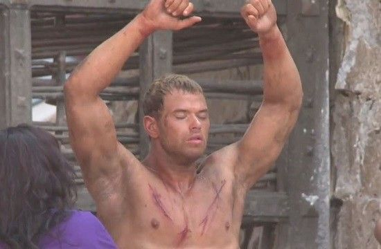 The Legend of Hercules Featurette: Kellan Lutz Shares His Scars