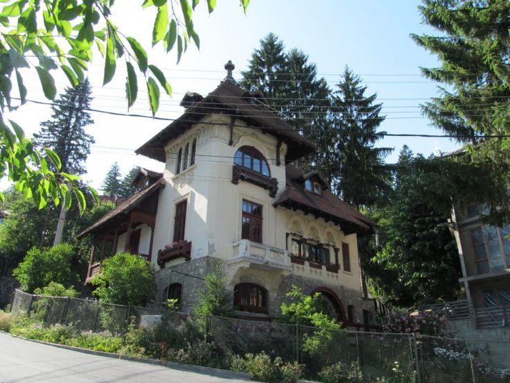 Villa Statie Ciortan (arh. S. Ciortan), Sinaia. Built cca 1920.