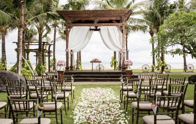 HOW MUCH CHEAPER IS IT TO GET MARRIED IN BALI?  http://www.balibrides.com.au/single-post/2015/02/11/HOW-MUCH-CHEAPER-IS-IT-TO-GET-MARRIED-IN-BALI