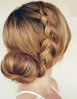 Surprising 1000 Ideas About Low Sock Buns On Pinterest Sock Buns Brown Hairstyles For Women Draintrainus