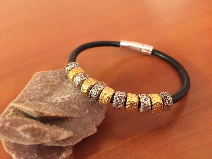 Pulsera+piel,+piezas+baño+de+oro/plata.+Ref.+1208+de+My+designs+por+DaWanda.com