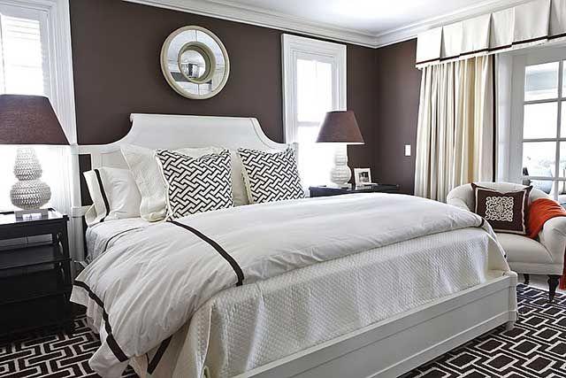 Коричневая спальня.
