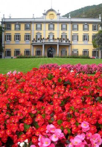 La facciata di Villa Acquaroli