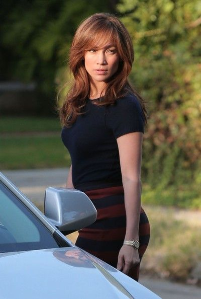 Jennifer Lopez Photos - Actress Jennifer Lopez on the set of the upcoming movie 'The Boy Next Door' in Los Angeles, California on November 17, 2013. She was joined by her twins, Max and Emme on set. - Jennifer Lopez On The Set Of 'The Boy Next Door'