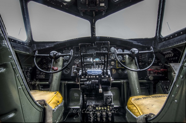 17 Best Images About Cockpit On Pinterest Hercules