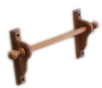 Cortinero de madera modelo 2 1 de pino bast n de 1 for Modelos de zapateros de madera