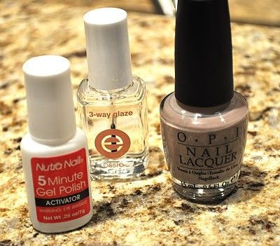 DIY Shellac Nails!  (1) Apply 1 thin coat of 5 Minute Gel Polish.  (2) Apply 1 coat of Essie's 3 Way Glaze base coat.  (3) Apply 2 coats of polish.  (4) Finish with a coat of 3 Way Glaze.