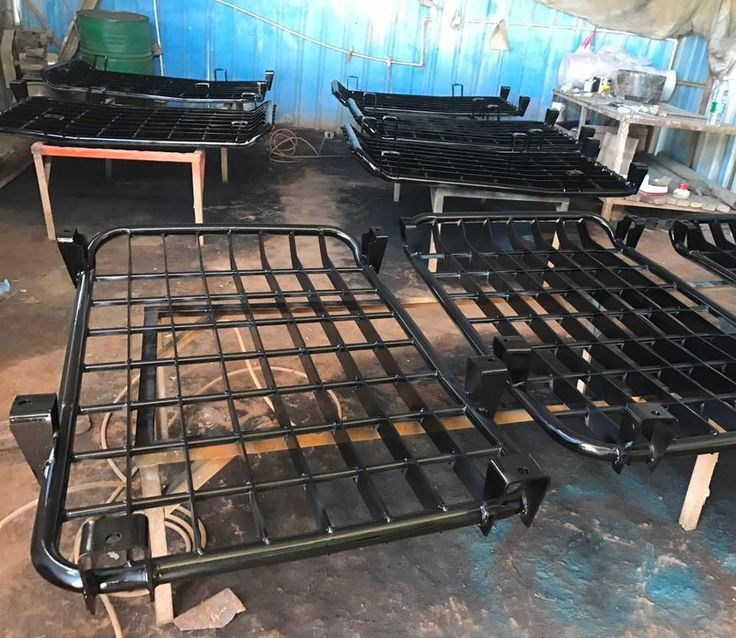 Strongly Manufactured Excavator Cab Screen Guard Ideal Use