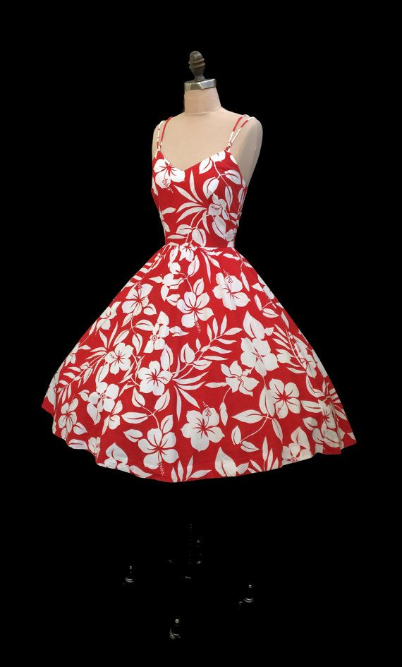 Vintage 1960s Lanz Red Hibiscus Hawaiian Print Full Skirt Pinup Sun Dress XXS