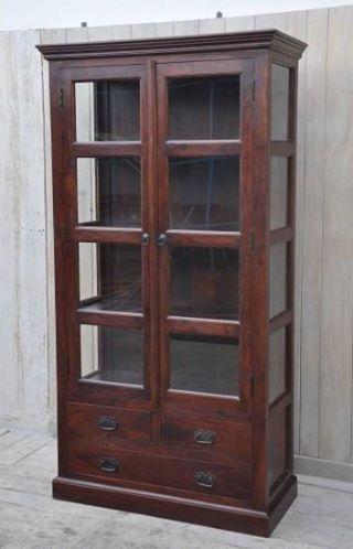 W tych regałach pomieścisz swoją kolekcję książek, a meble pięknie udekorują Twoje wnętrza. :) Na zdjęciach: ✪ Regał 1: http://bit.ly/2dXmfat ✪ Regał 2: http://bit.ly/2e4XOYx ✪ Regał 3: http://bit.ly/2dWNtJ1 ✪ Regał 4: http://bit.ly/2dD3TvN