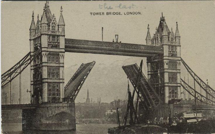 Auto Photo Series Postcard - Tower Bridge, London | PC02548